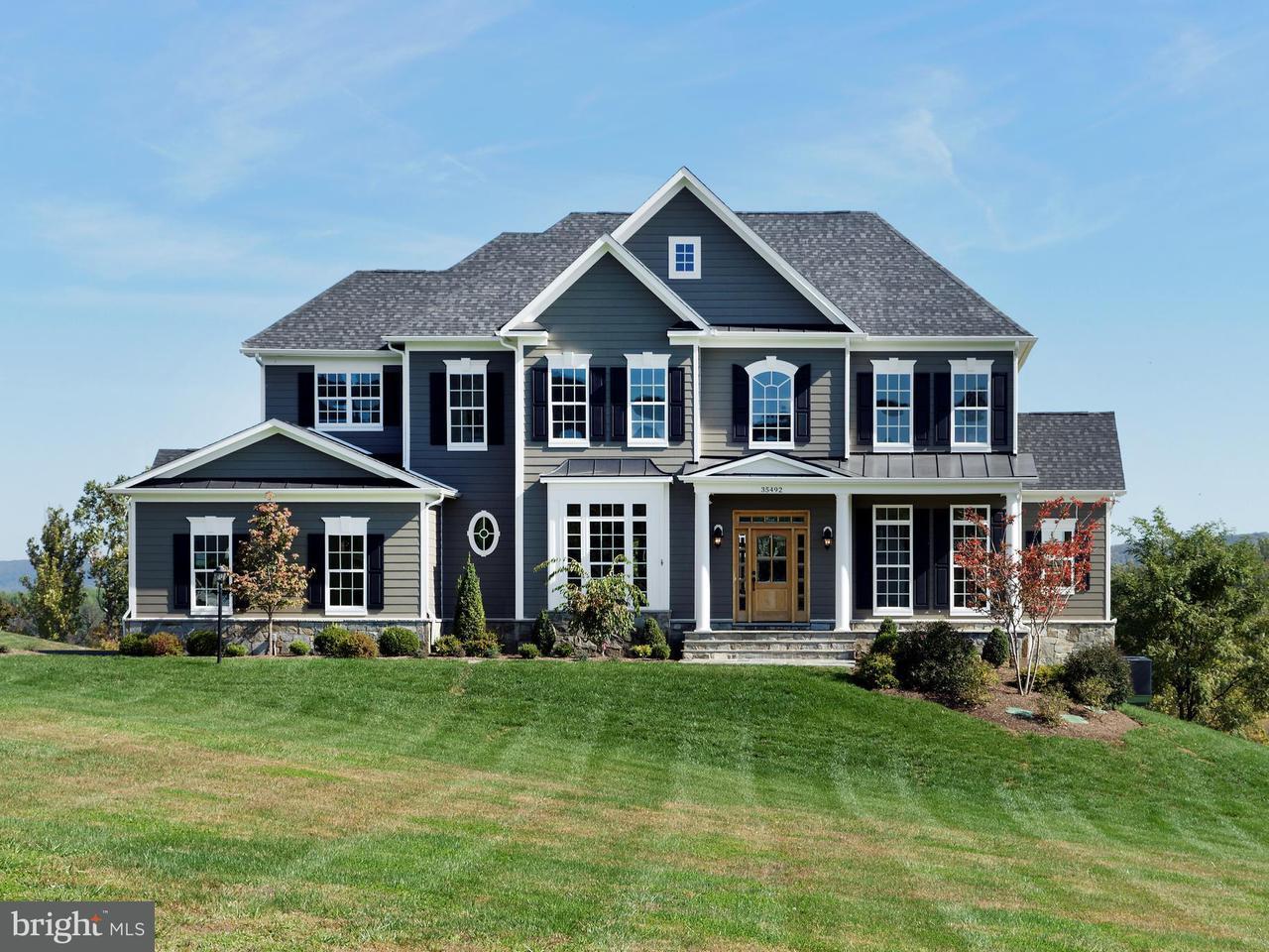 獨棟家庭住宅 為 出售 在 SKYFIELD RIDGE SKYFIELD RIDGE Purcellville, 弗吉尼亞州 20132 美國