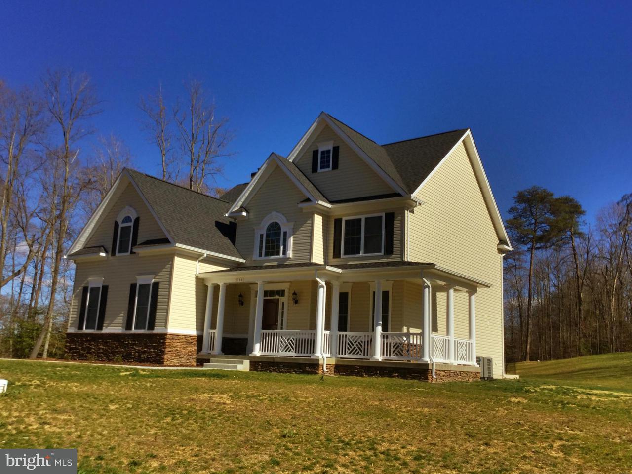 Частный односемейный дом для того Продажа на 15809 CHALICE VINE Court 15809 CHALICE VINE Court Hughesville, Мэриленд 20637 Соединенные Штаты