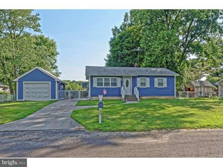 Additional photo for property listing at 11 QUAKER Road  Pennsville, New Jersey 08070 États-Unis