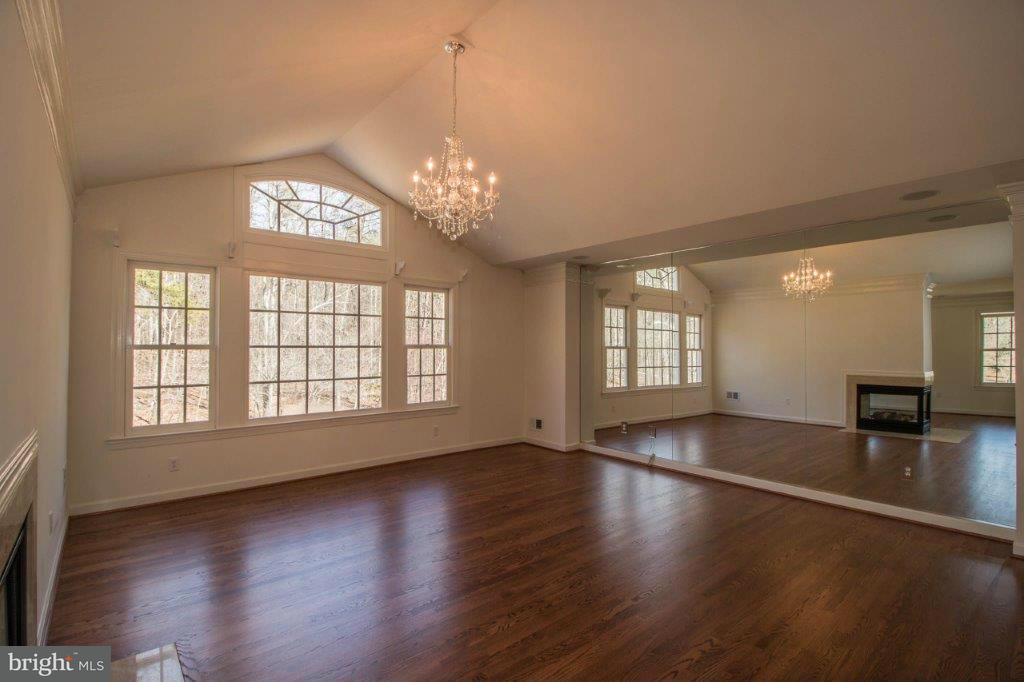 Additional photo for property listing at 2349 PATUXENT RIVER Road 2349 PATUXENT RIVER Road Gambrills, Maryland 21054 United States