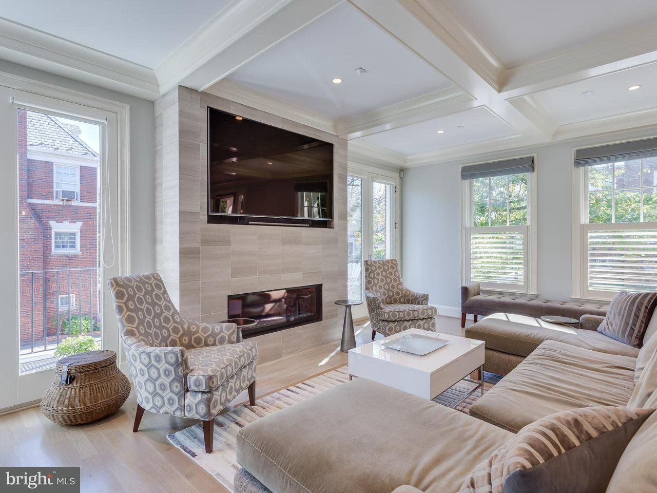 Additional photo for property listing at 4301 16th St NW  Washington, District Of Columbia 20011 United States
