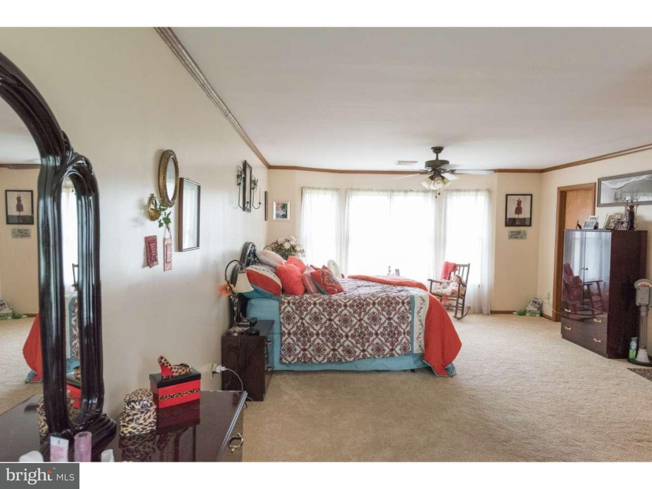 Additional photo for property listing at 909 KINGS HWY  Woodstown, New Jersey 08098 États-Unis