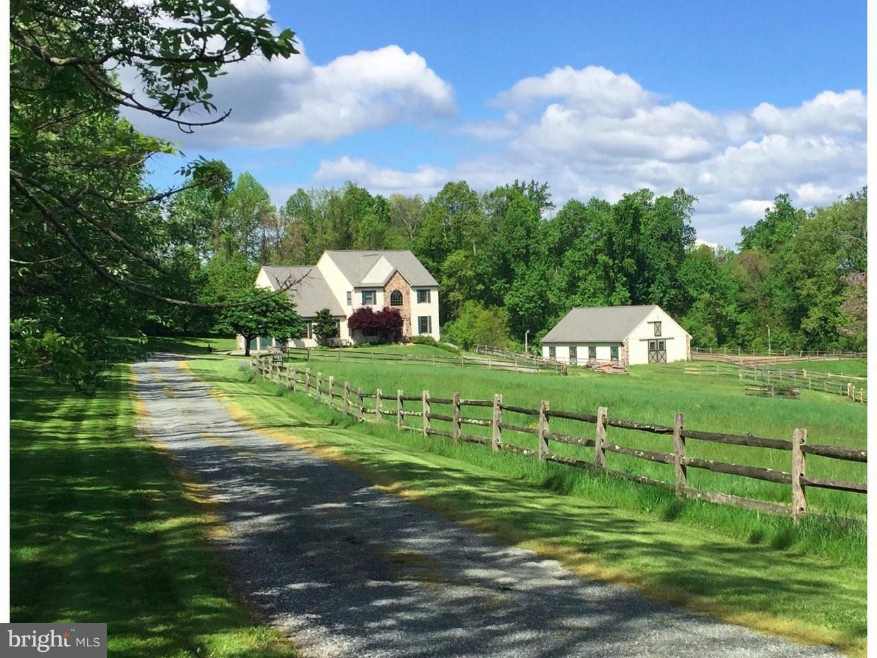 Частный односемейный дом для того Продажа на 271 HILL Road Elverson, Пенсильвания 19520 Соединенные Штаты