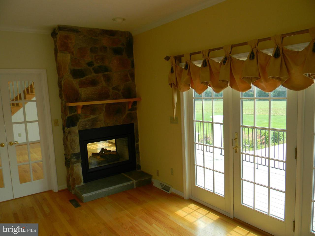 Additional photo for property listing at 6396 Hoff Road 6396 Hoff Road Spring Grove, Pennsylvania 17362 Estados Unidos