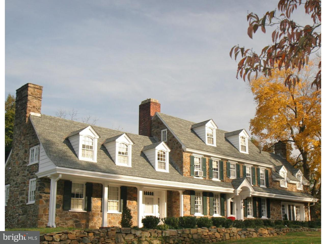 Maison unifamiliale pour l Vente à 207 GOAT HILL Road Lambertville, New Jersey 08530 États-UnisDans/Autour: West Amwell Township