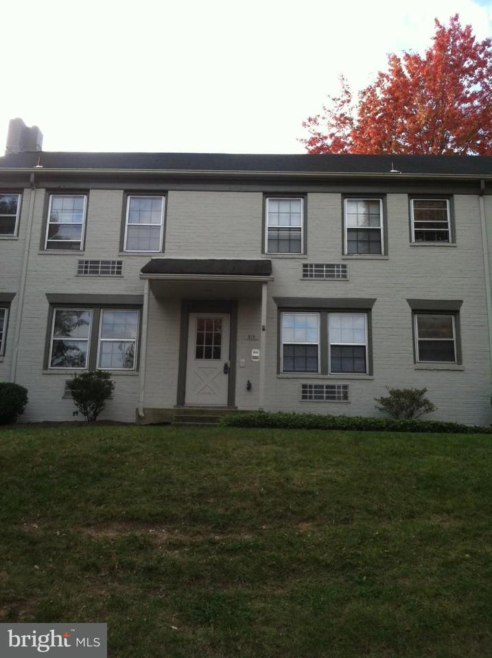Condominium for Rent at 810 Jefferson St #d Alexandria, Virginia 22314 United States