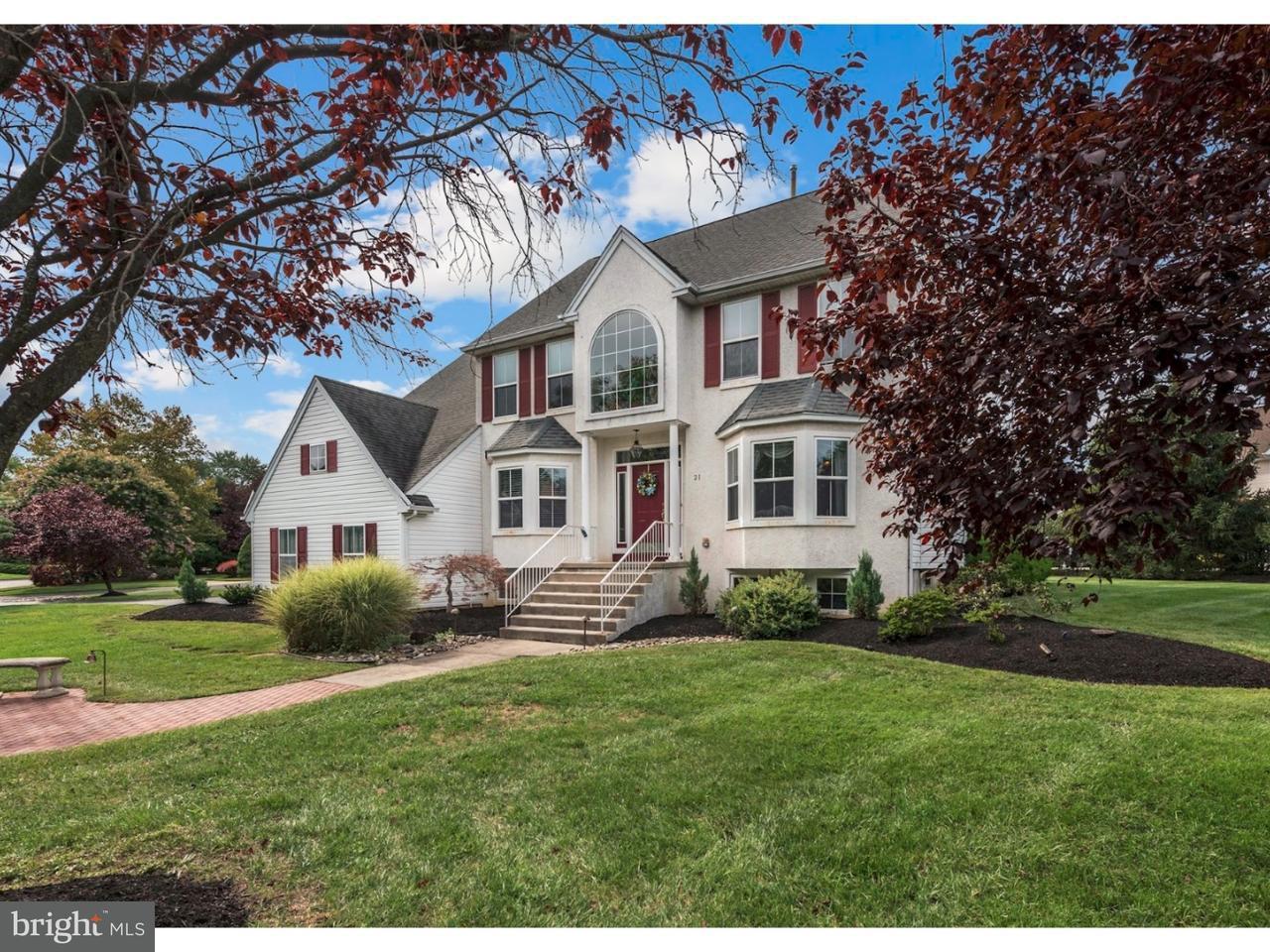 Maison unifamiliale pour l Vente à 21 EMERSON Drive Cinnaminson, New Jersey 08077 États-Unis