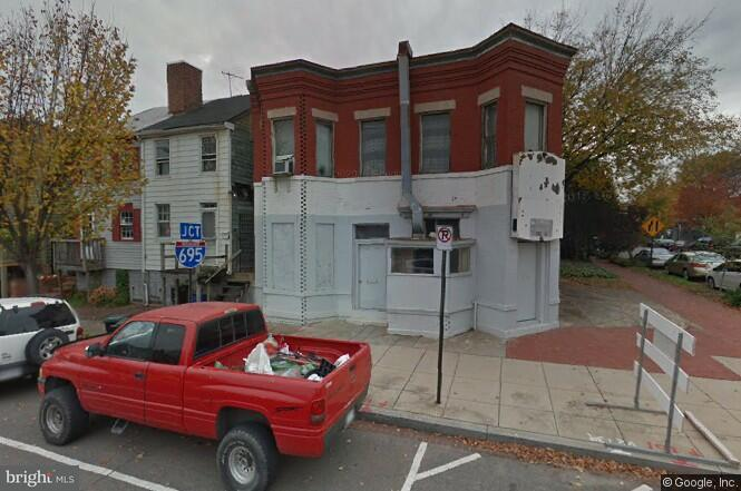 Commercial for Sale at 901 11th St SE Washington, District Of Columbia 20003 United States