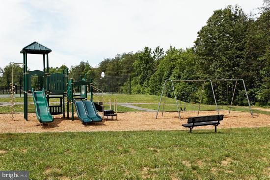 Additional photo for property listing at COLMANS MILL Drive COLMANS MILL Drive Fredericksburg, Виргиния 22405 Соединенные Штаты
