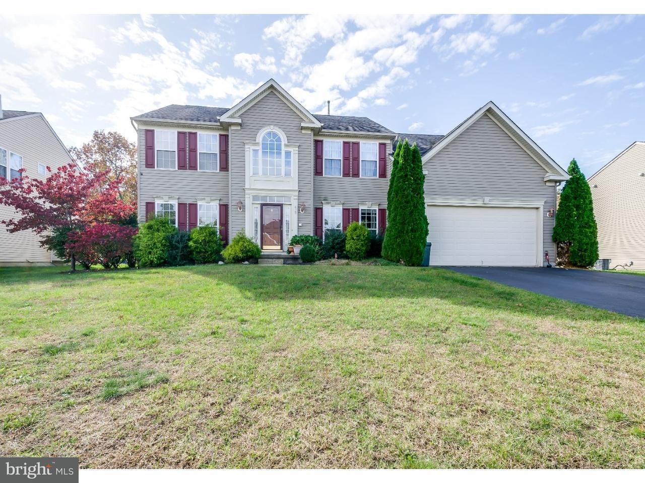 Maison unifamiliale pour l Vente à 412 MONTANA Trail Browns Mills, New Jersey 08015 États-Unis