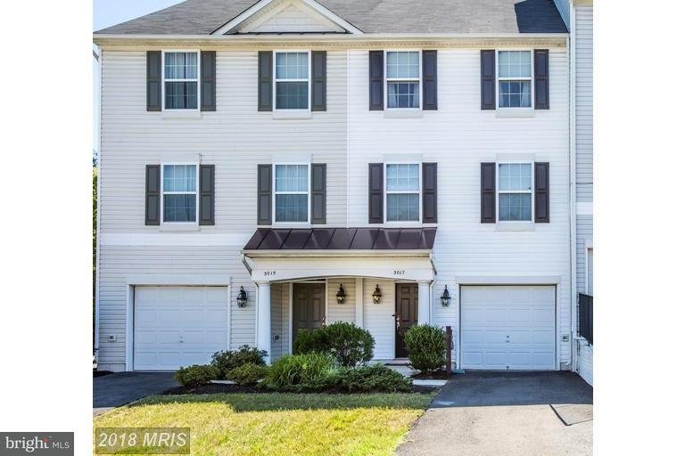 3017 CHINKAPIN OAK LN, Woodbridge VA 22191