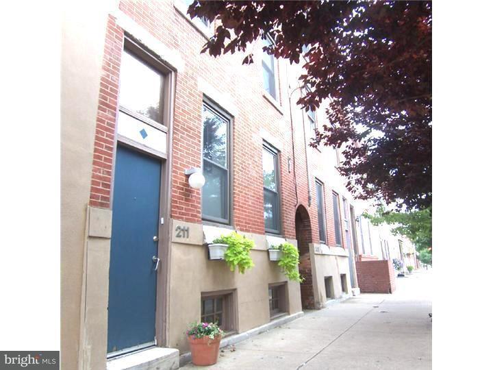 213 Christian Street #4B Philadelphia, PA 19147