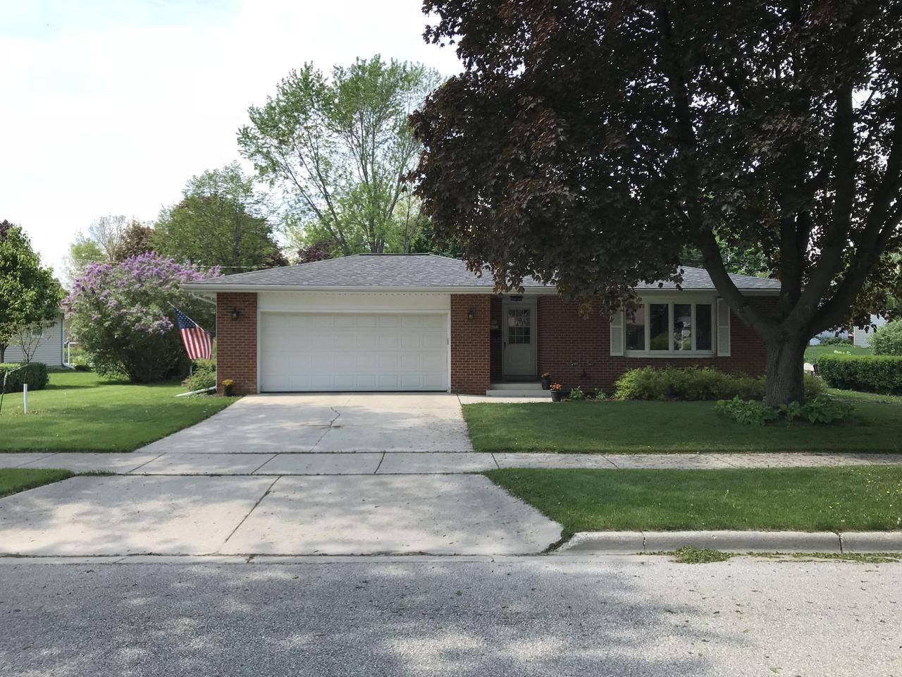 It's hard to beat this location. 4 doors down from Westlawn Elementary, 2 blocks from the Ozaukee interurban trail, and walking distance to the outstanding dining and shopping options in historic downtown Cedarburg. You'll appreciate all of the quality upgrades in the home that make this one move in ready. Beautiful granite counter tops, top to bottom paint job, and the list goes on. You can also rest easy knowing all of the mechanicals are up to date. Furnace & A/C 2016, Hot water heater 2017, Plumbing and electrical totally updated as well. Get in now and start enjoying summer in Cedarburg.