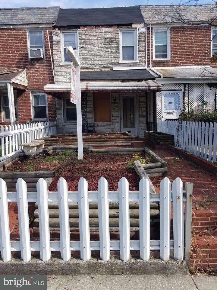 1423  Dukeland Baltimore, MD 21216