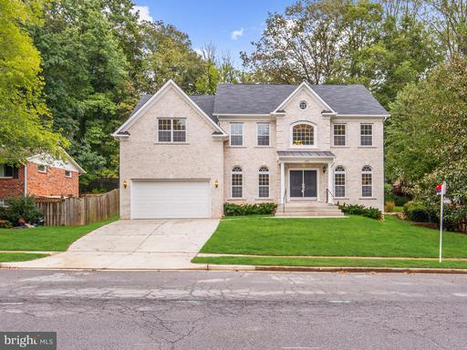 5123 Gainsborough, Fairfax, VA 22032