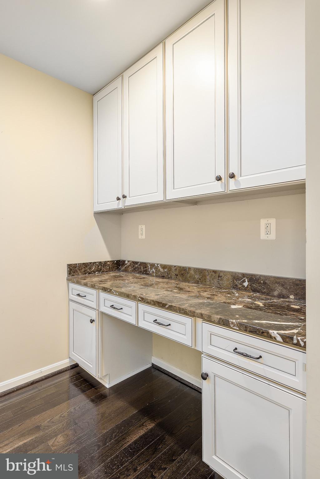 10625 LEGACY LANE, Fairfax, VA, 22030 | RE/MAX Gateway