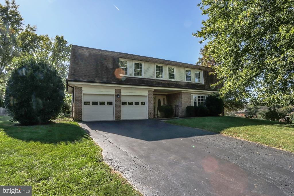 9809  Squaw Valley Vienna, VA 22182