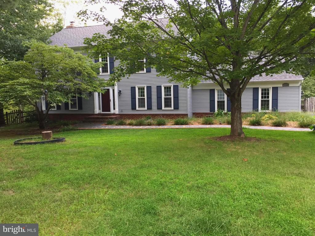 13506 COPPER BED RD, Herndon VA 20171
