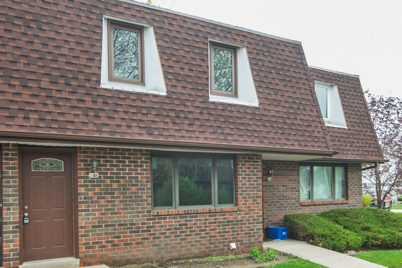 2 Bedroom, 1.5 bath condominium with finished family room in lower level. One car detached garage. This condo is in a great location. Close to shopping schools and minutes from Hwy 41. Move-in ready. Pets are permitted but limited to cats, birds, fish.  No dogs allowed.