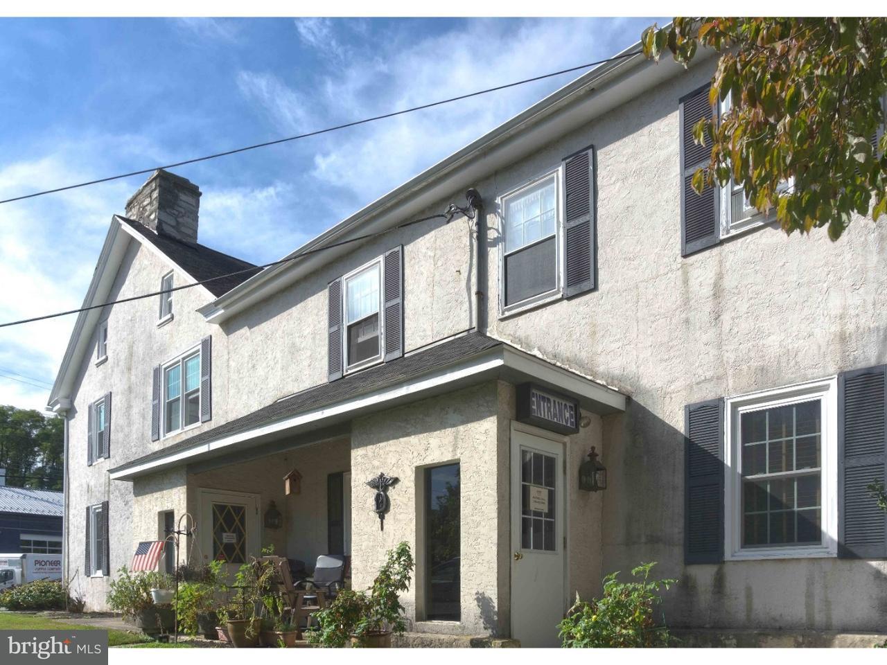 4215 W Lincoln Downingtown , PA 19335