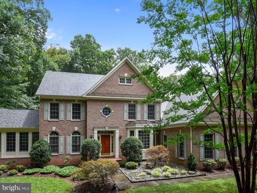 11629 Pine Tree, Fairfax, VA 22033
