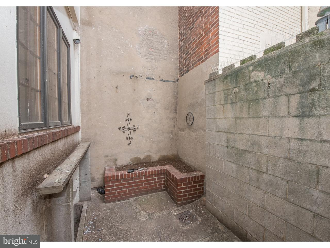 921 S 8TH Philadelphia , PA 19147