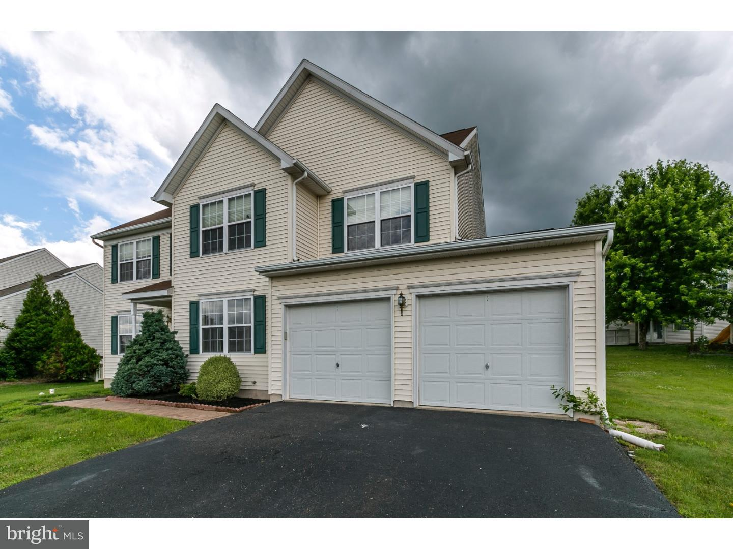 1293 MEADOWVIEW DR, POTTSTOWN - Listed at $269,900, POTTSTOWN, MONTGOMERY County