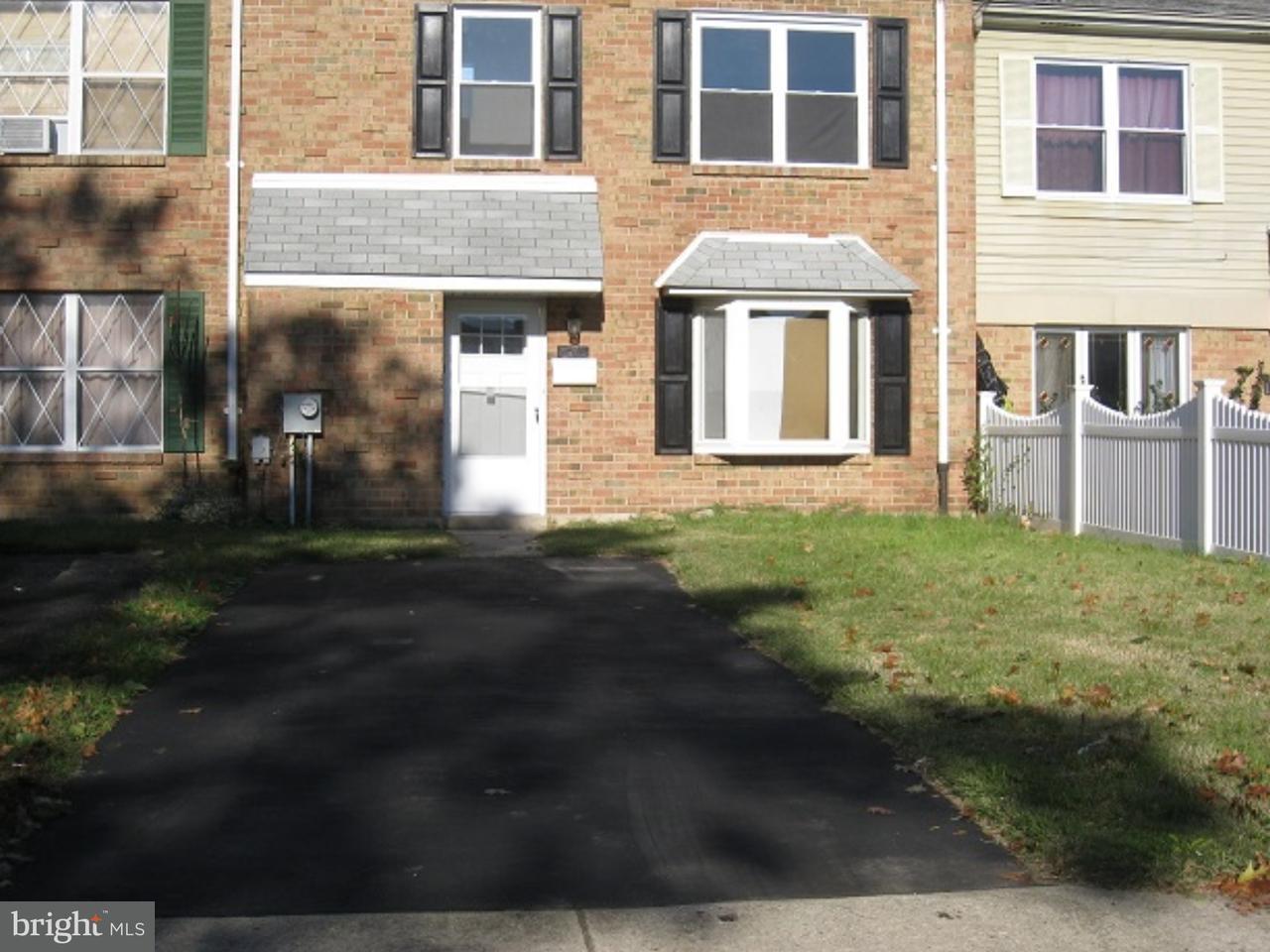8209  Chelwynde Philadelphia , PA 19153