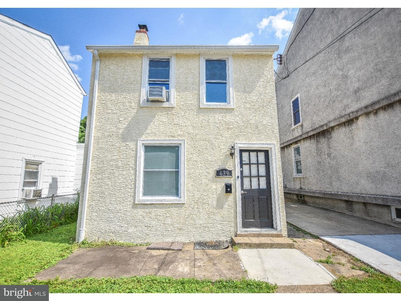439  Conarroe Philadelphia , PA 19128